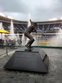 George Brett statue, Kauffman Stadium